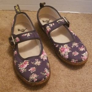 Dr. Martens Carnaby shoes